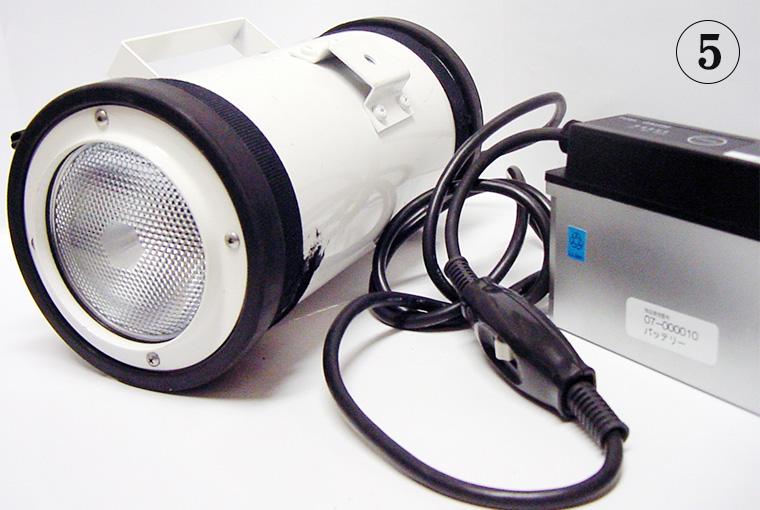 特殊光源用の支給受け接続ケーブルを加工